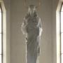 Rzeźba Stanisława Horno- Popławskiego w ołtarzu głównym przedstawiająca Chrystusa Króla.