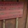 Mogilnice - Kapliczka, tabliczka upamiętniająca remont