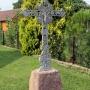 Dolistowo Nowe - Piękny krzyż przy posesji nr 37