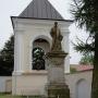 Pomnik księdza Krzysztofa Kluka, ufundowany w 1850 roku przez społeczeństwo Ciechanowca.