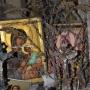 Kapliczka murowana 2 poł. XIX w. Nieopodal Telatycz ,w pobliskim lesie stoi murowana kapliczka, którą ufundowała właścicielka dóbr telatyckich hrabina Maria Potocka w II poł. XIX w. Było to wotum aby zahamować pomór bydła w swoich majątkach.