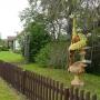 Ciekawie zaaranżowana działka siedziby Parku Krajobrazowego Puszczy Knyszyńskiej