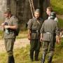 Niemieccy żołnierze w pełnym umundurowaniu niedługo rozpocznął natarcie.