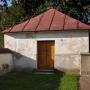 Kościoł parafialny p.w. Apostołów Piotra i Pawła z 1793 roku.