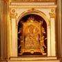 Słynący łaskami obraz Matki Bożej z Dzieciątkiem.