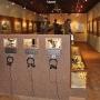 Wnętrze muzeum w obecnym kształcie zachęca nie tylko do zobaczenia ale i posłuchania wspomnień świadków coraz bardziej odległej historii.