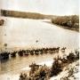 Taki malowniczy obrazek brodzących koni 1 pułku ułanów krachowieckich z Augustowa, można było zobaczyć latem 1931r.