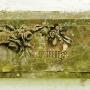 Ten fragment pomnika stojący niegdyś na grobie dwumiesięcznego dziecka jest przykładem niezłych zdolności artystycznych jego twórcy.