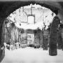 Ruiny Pałacu Branickich, stan z 1945r. Zdjęcie Wł.Paszkowskiego.