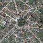 Sześcioboczny rynek (plac gwieździsty) z odchodzącymi od niego dwunastoma ulicami to jedyny taki rynek w Polsce.