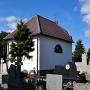 Kaplica cmentarna z 1836 roku.