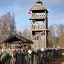 Strażacka wieża widokowa przeniesiona z Turośni Kościelnej.