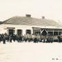Dom żołnierza usytuowany przy rynku w czasie I wojny światowej- 1915r. Zdjęcie ze strony Urzędu Miejskiego w Stawiskach.
