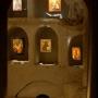 Sala stylizowana na rzymskie katakumby